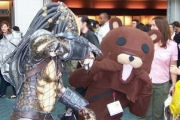 Pedobear vs Predator | Picdump by B:A
