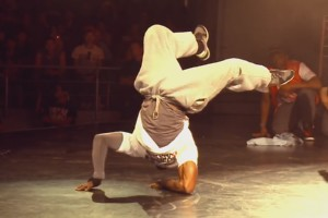 Bboy Junior vs. Bboy Neguin - Breakin' Freestyle Battle