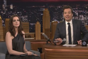 Google Translate Songs - Anne Hathaway und Jimmy Fallon