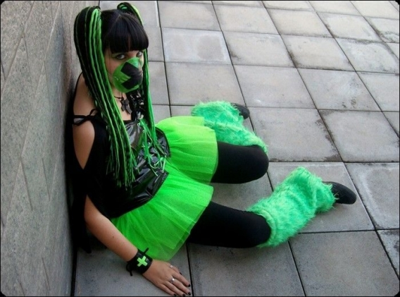 Cybergoth Girls_01.jpg