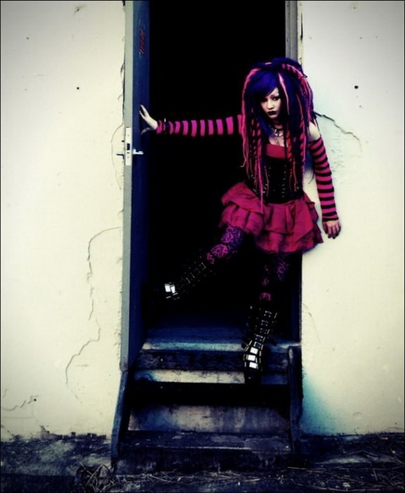 Cybergoth Girls_07.jpg