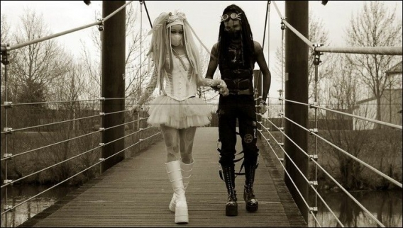 Cybergoth Girls_17.jpg