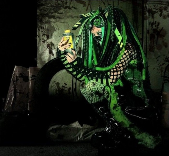 Cybergoth Girls_27.jpg