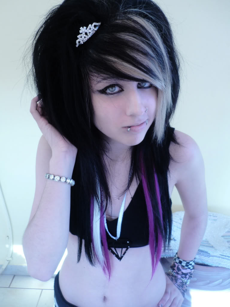 Pictures of hot emo girls — img 4