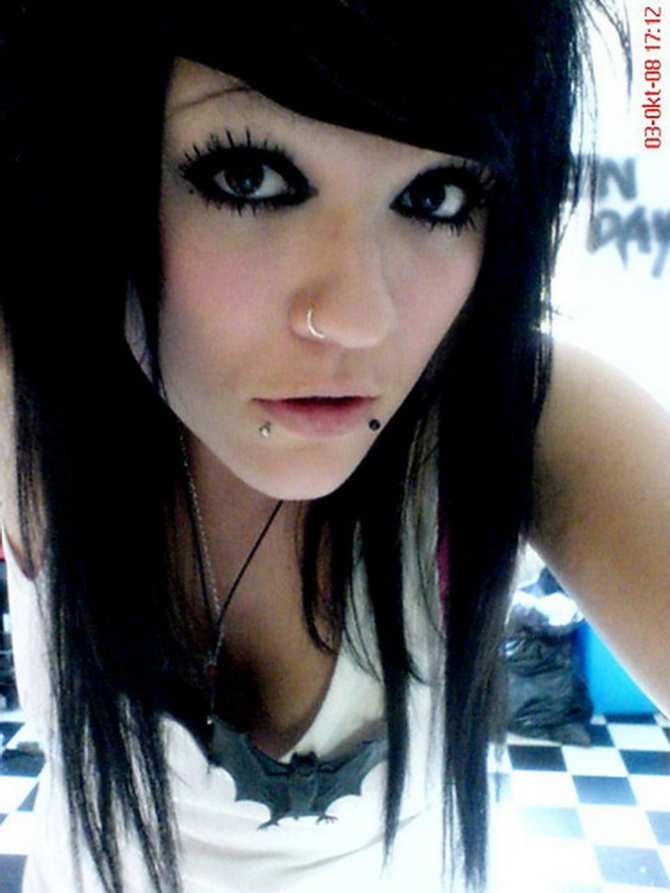 This is the world's largest online collection of hot amateur EMO girls