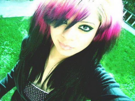 Hot EMO Girls_04.jpg