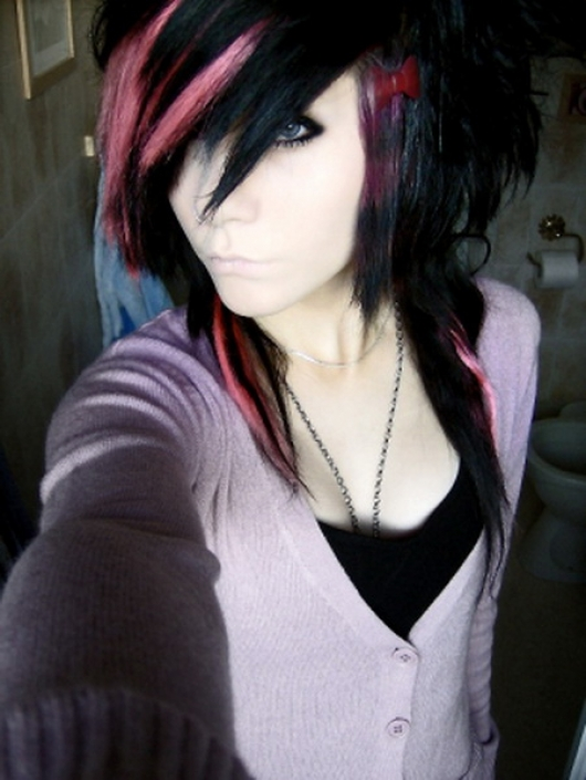 Hot EMO Girls_05.jpg