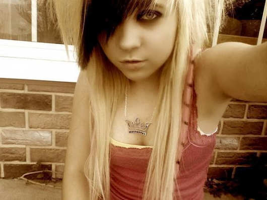 Scharfe EMO Girls_06.jpg