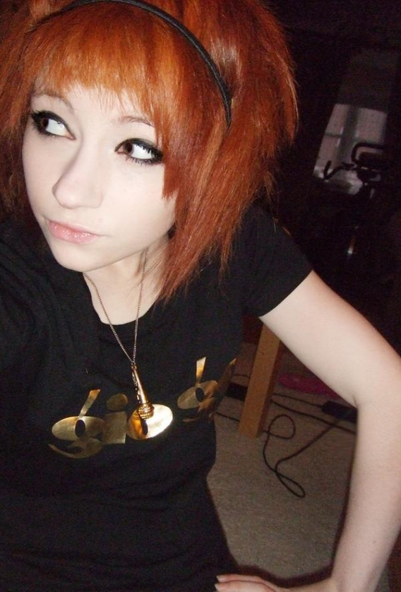 Hot EMO Girls 81_009.jpg