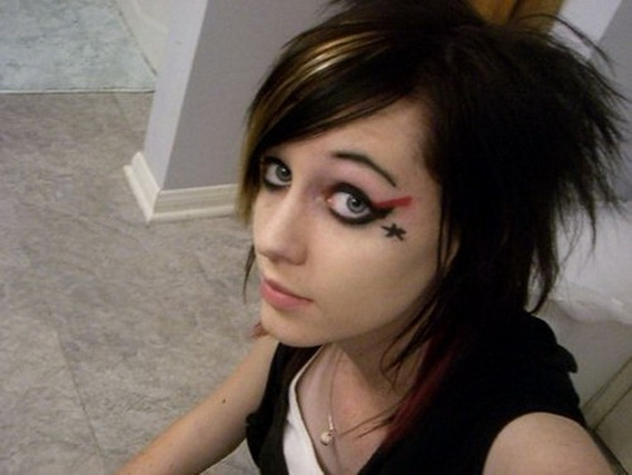 Scharfe EMO Girls_03.jpg