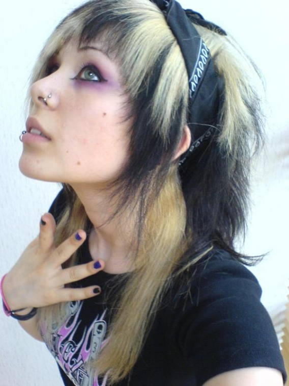 Scharfe EMO Girls_16.jpg